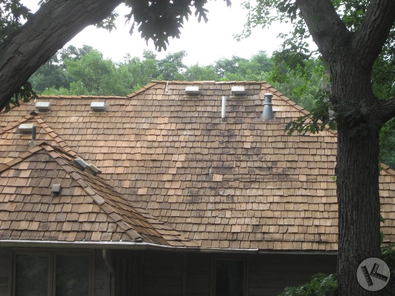 Poor Cedar Roof Washing Done by A Competitor