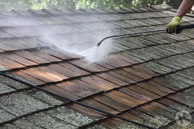 DURING: Washing A Cedar Roof in Wayzata
