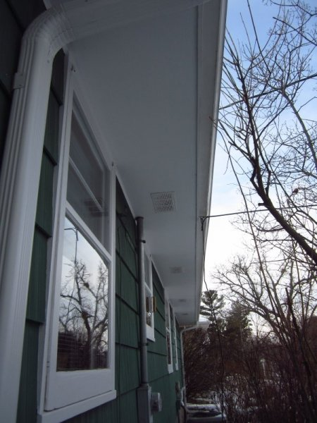 typical-soffit-venting