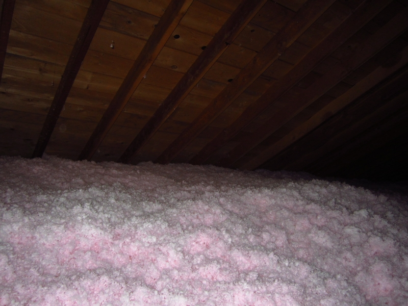blown-in-fiberglass-insulation