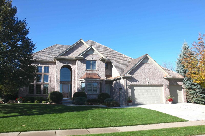 Roof labor costs minneapolis kuhls contracting cedar shake roofing