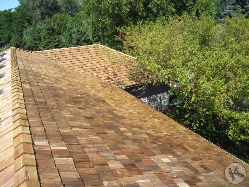 Wood Shake Roof Replacement in Minneapolis by a Reliable Company