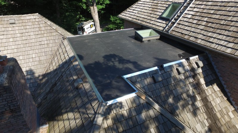Flat roof minneapolis KUHLS CONTRACTING